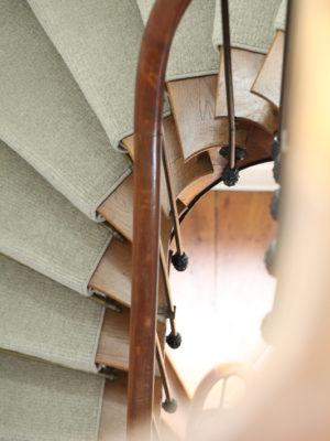 Escalier - La Maison Jules - Chambres d'hôtes à Tours-16